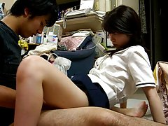 Samimi bacaklar ayak içinde salonu teen pinay şort etek