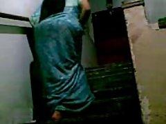 Striptiz kulübü soyunma odasına kamera